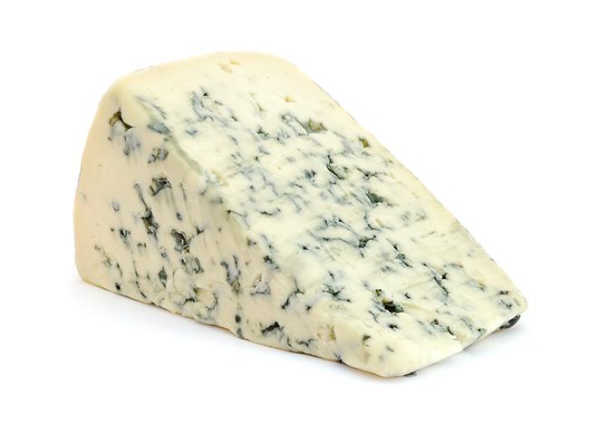 Salat med ost på